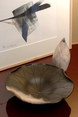 2006年4月20日から開催の「交錯する白と黒の世界 展」のDM画像