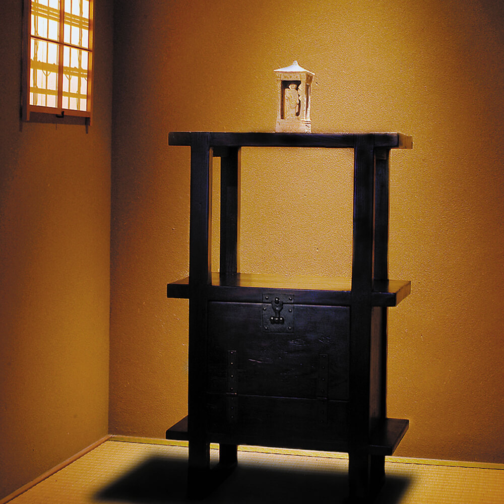 2006年5月11日から開催の「陶・全 日根 と 李朝家具 展」のサムネイル画像