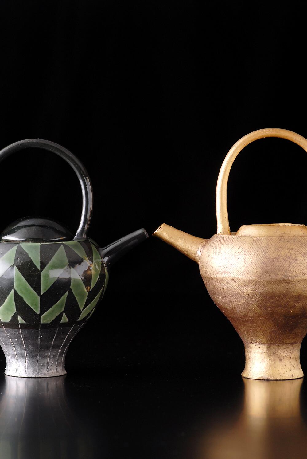 2007年6月7日から開催の「寄神 千恵子 陶展」の作品03
