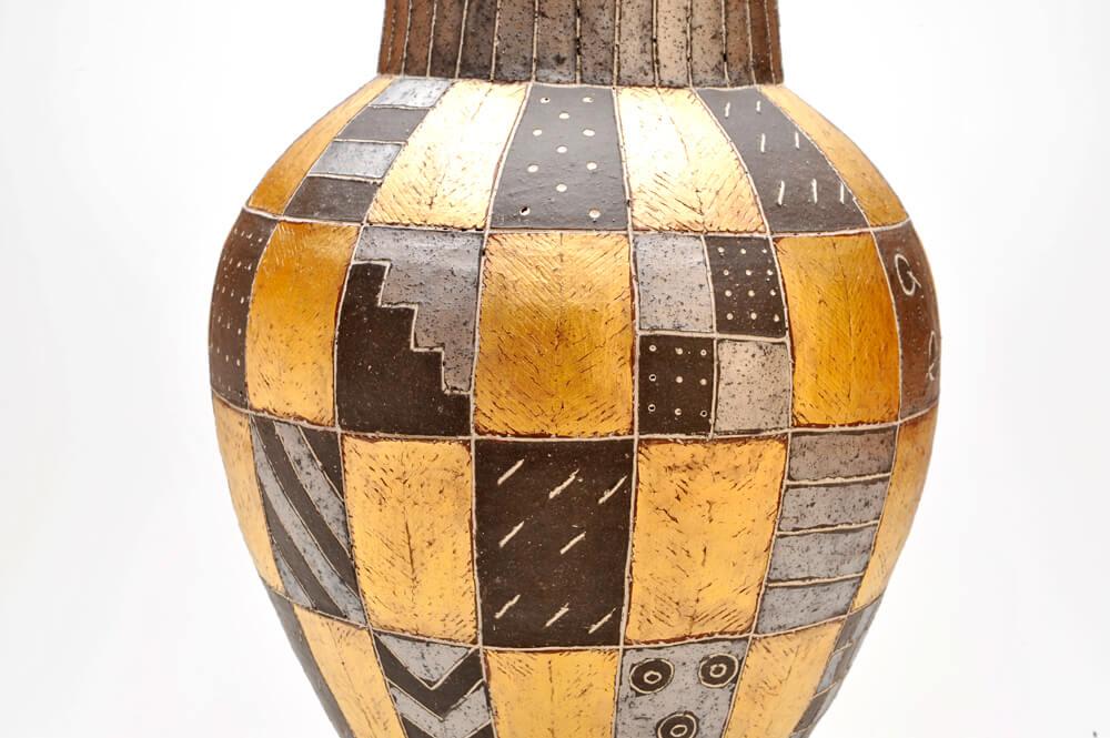 2009年9月4日から開催の「寄神 千恵子 陶展」の作品画像2