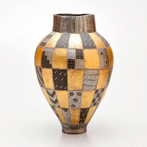 2009年9月4日から開催の「寄神 千恵子 陶展」の作品画像4