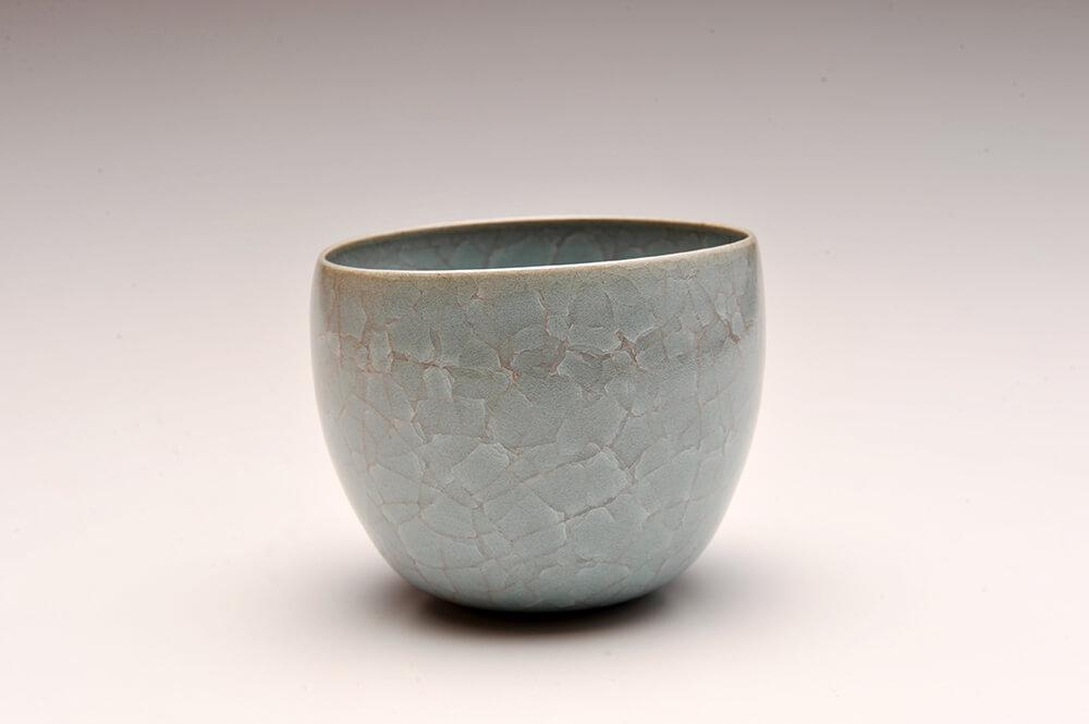 2014年9月13日から開催の「青瓷・白瓷 伊藤 秀人 陶展」の作品4