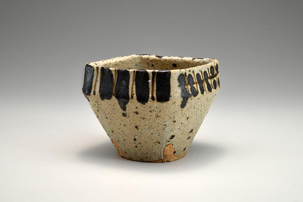 2021年5月14日から開催の「土と語る達人 加藤 清之 & 伊藤 慶二 展」の伊藤 慶二の作品2