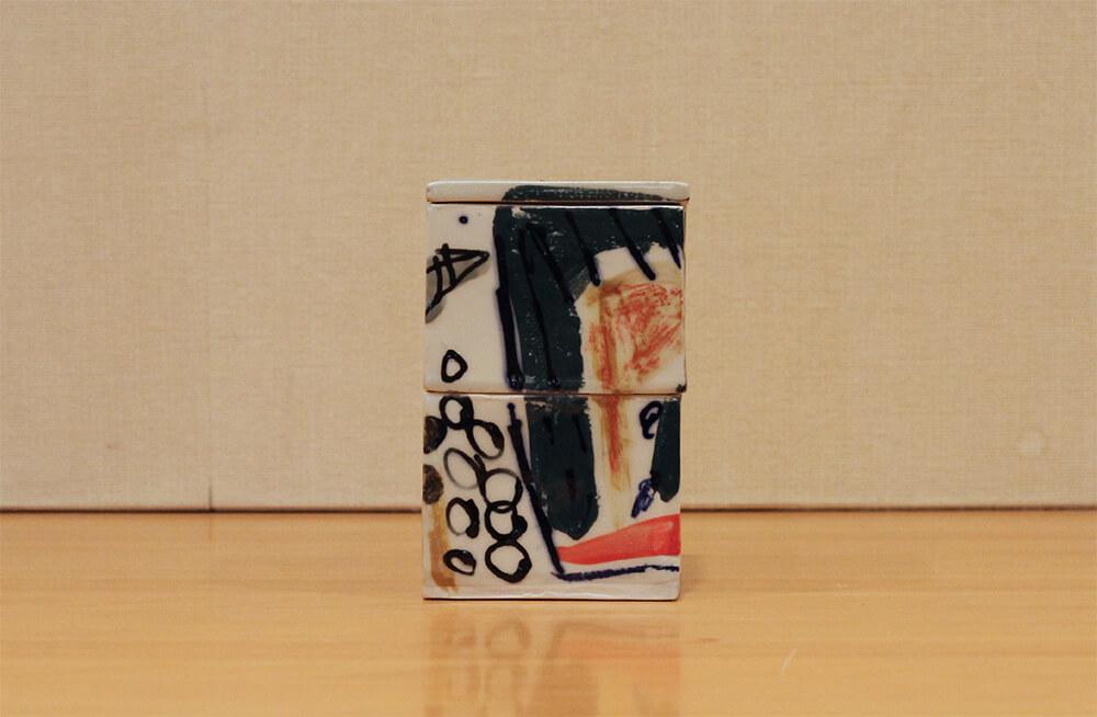 ラファエル・ナバスの作品写真背面の様子