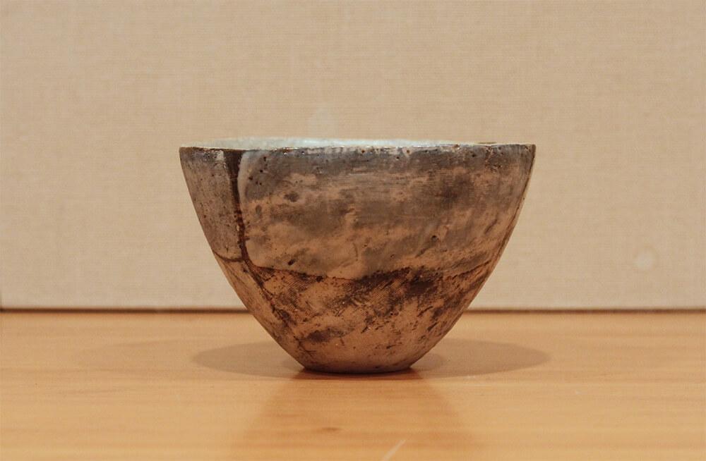 鷹尾葉子の作品写真右側面から背面の見た目